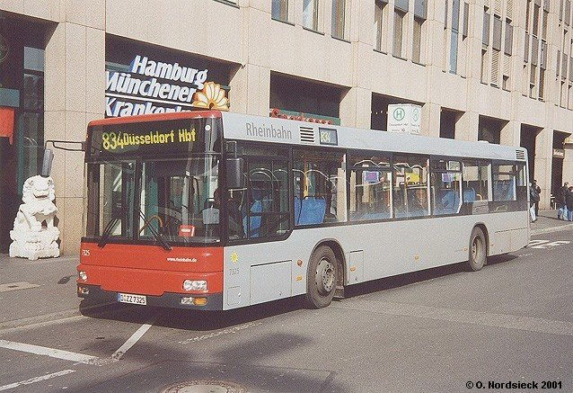834 an seiner endstadion am d sseldorf hauptbahnhof bus. Black Bedroom Furniture Sets. Home Design Ideas