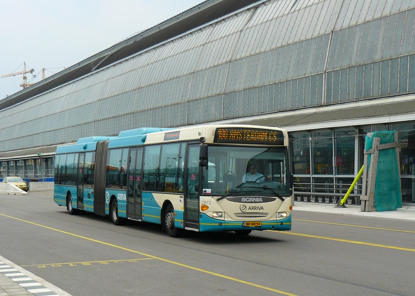 Arriva Bus 7872. Scania Omnicity Amsterdam Centraal Station 12-07-2010