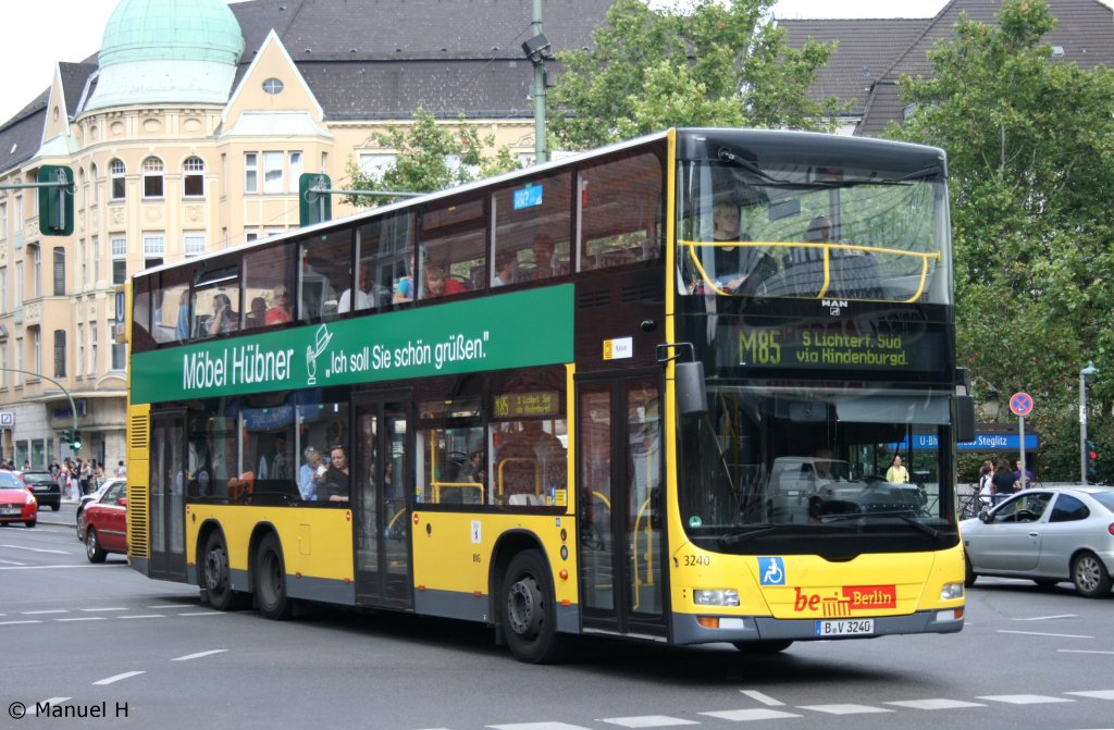 bvg 3240 b v 3240 der bus f hrt mit werbung f r m bel h bner berlin steglitz 9. Black Bedroom Furniture Sets. Home Design Ideas