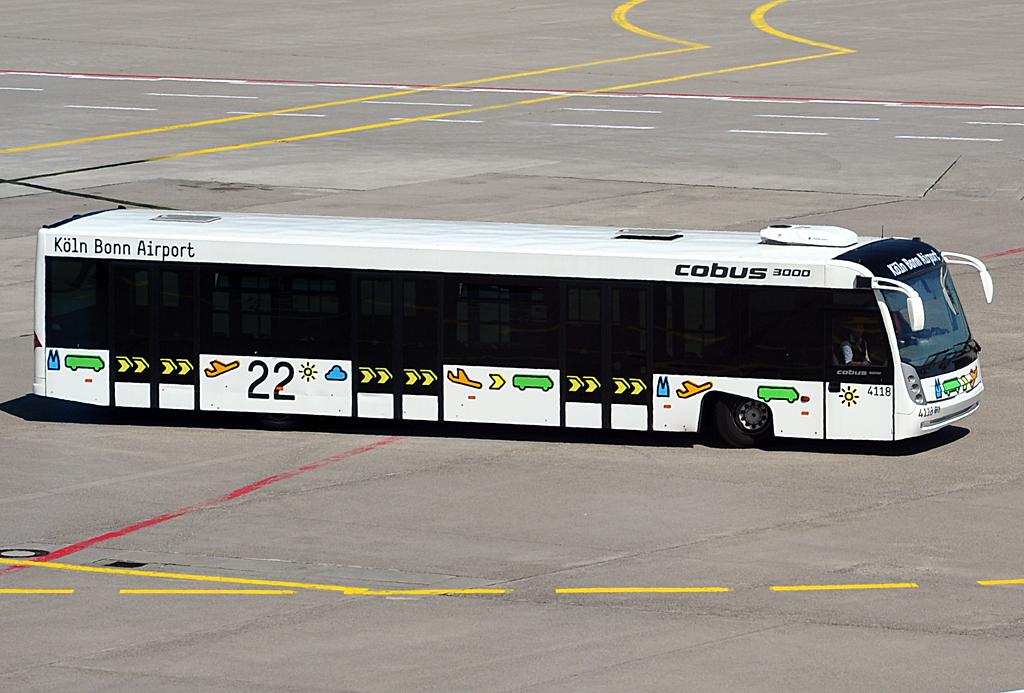 cobus 3000 flughafenbus am k ln bonner flughafen bus. Black Bedroom Furniture Sets. Home Design Ideas