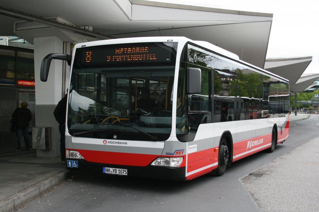 der 2010 gebaute citaro facelift mit der nummer 6015 ist einer von der 29 busse umfassenden. Black Bedroom Furniture Sets. Home Design Ideas