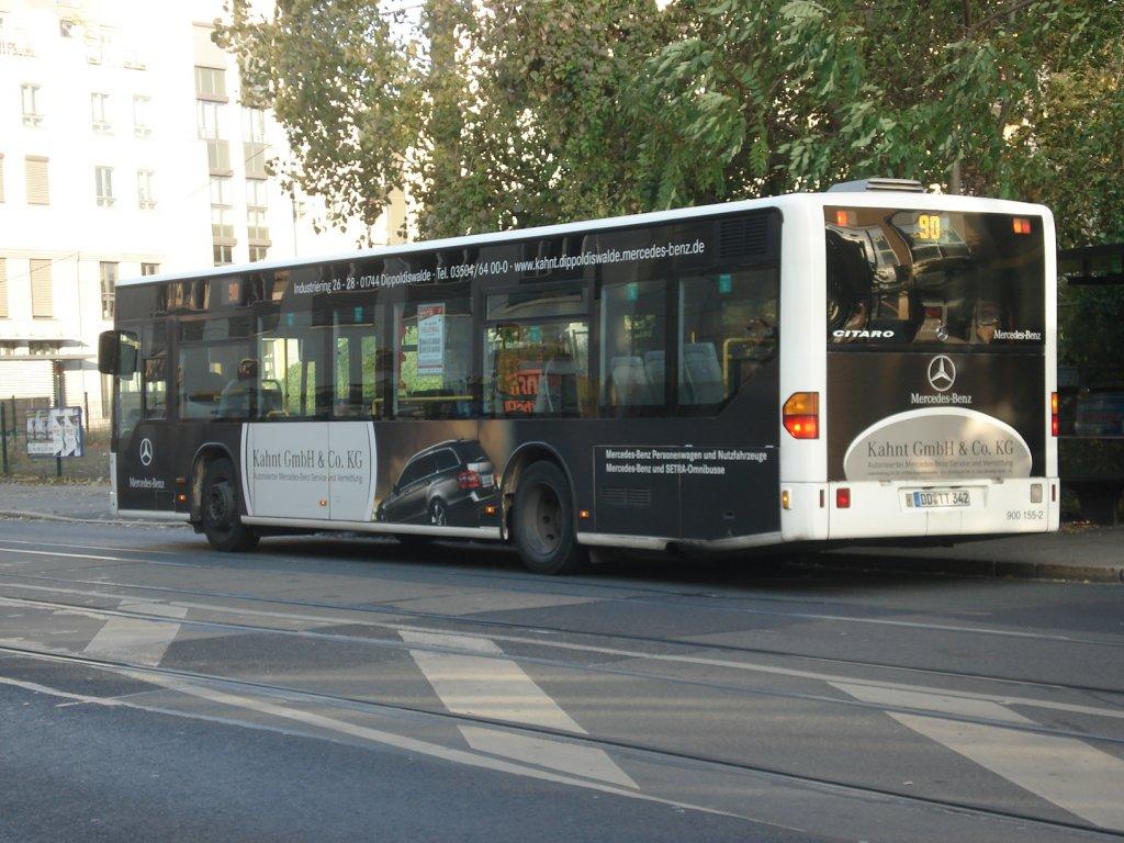 der dd tt 342 auf seiner fahrt nach gompitz an der tharandter stra e am bus. Black Bedroom Furniture Sets. Home Design Ideas