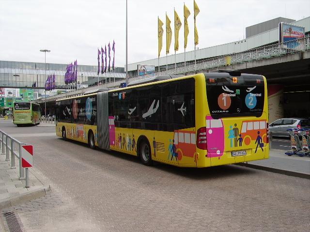 ein mercedes benz citaro von werner abellio in frankfurt flughafen am bus. Black Bedroom Furniture Sets. Home Design Ideas