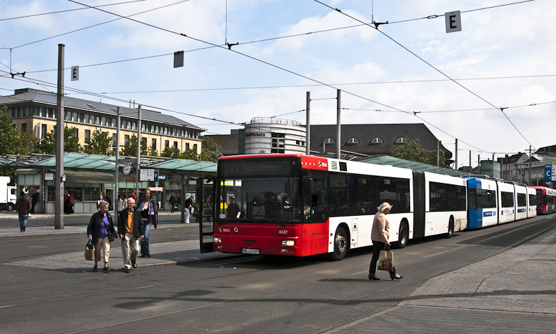 Ein MAN Bus am 18. August 2010 am Hbf Bremen.