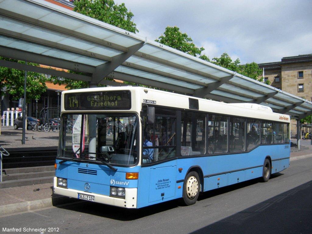 ein mercedes bus der firma jochem reisen am hauptbahnhof in saarbr cken das bild habe ich im. Black Bedroom Furniture Sets. Home Design Ideas