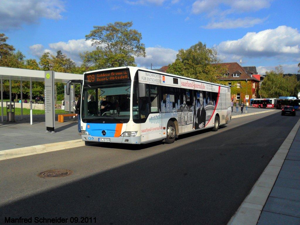 hier ist ein citaro bus zu sehen aufgenommen habe ich das foto auf dem gel nde der universit t. Black Bedroom Furniture Sets. Home Design Ideas