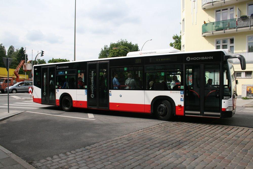 hochbahn schnellbus 6005 am 14 juni 2010 am u s barmbek bus. Black Bedroom Furniture Sets. Home Design Ideas