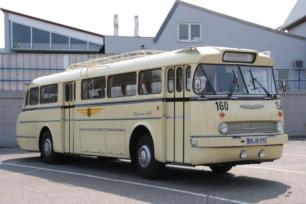 ikarus 66 baujahr 1972 dresdner verkehrsbetriebe oldtimer bustreffen sinsheim. Black Bedroom Furniture Sets. Home Design Ideas