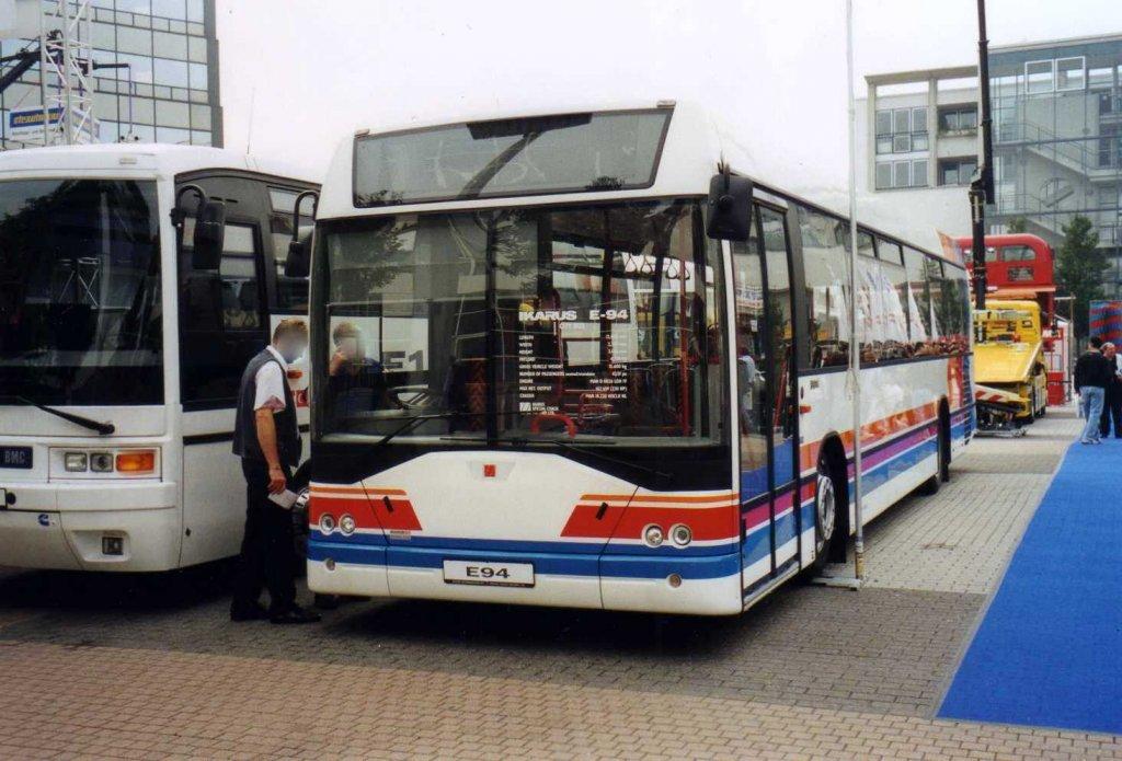 ikarus e94 aufgenommen auf der iaa 2000 in frankfurt
