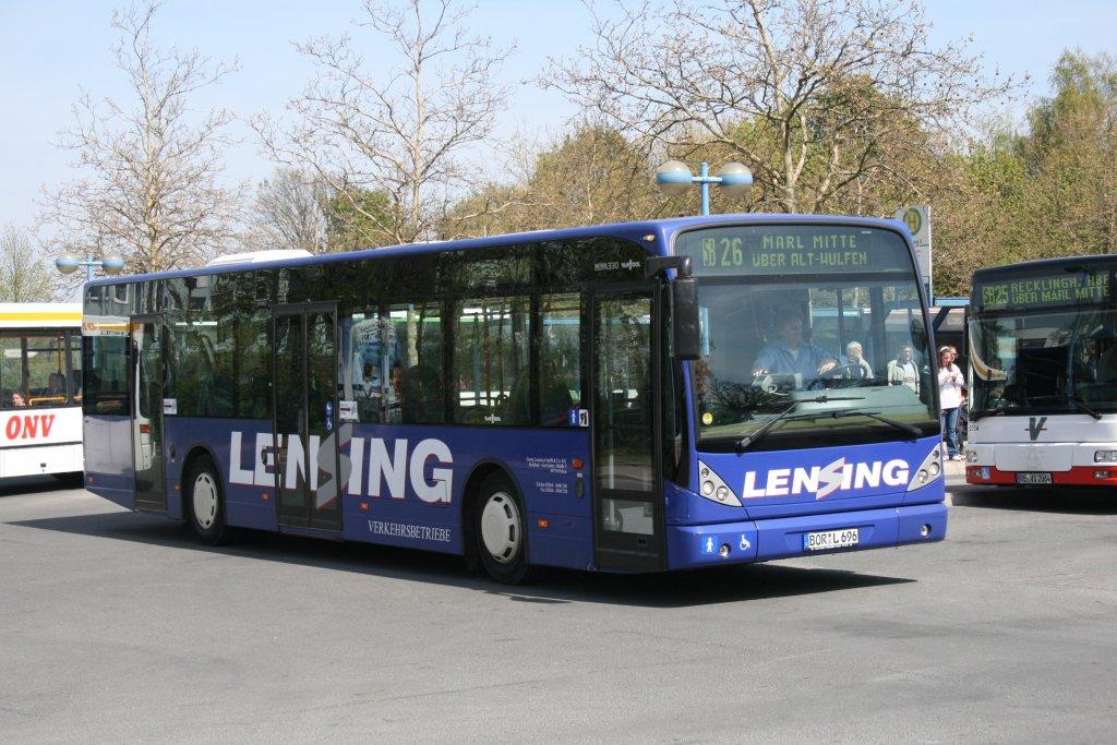 Lensing (BOR L 969) setzt in Dorsten diesen Vanhool ...