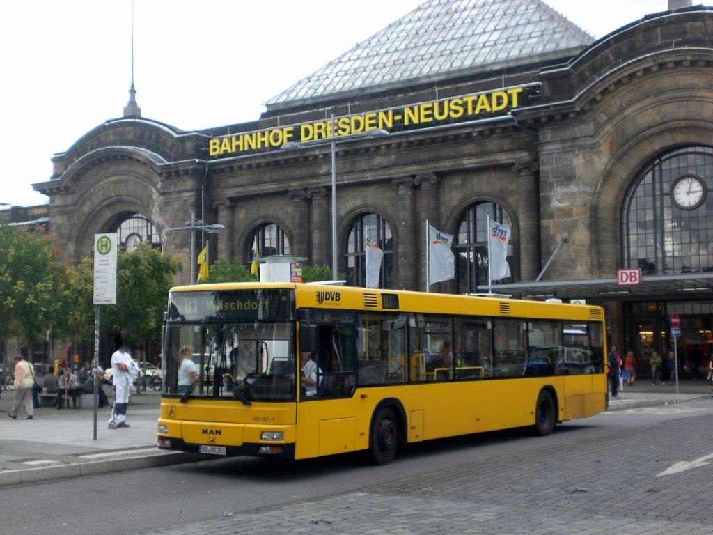 man niederflurbus 2 generation auf der linie 81 nach wilschdorf industriegebiet am bahnhof. Black Bedroom Furniture Sets. Home Design Ideas