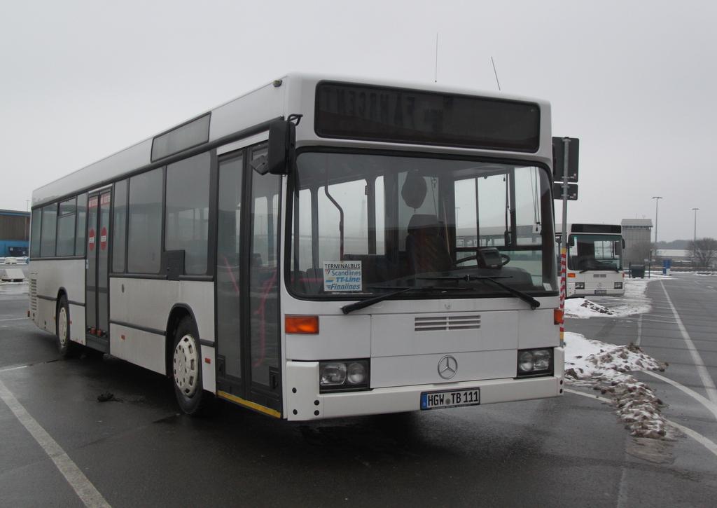 mercedes benz o 405 steht als terminal bus abgestellt im. Black Bedroom Furniture Sets. Home Design Ideas