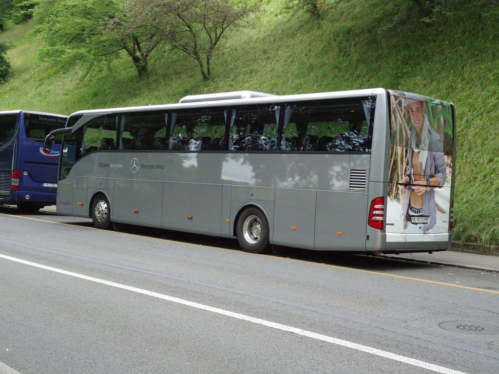 Mercedes benz tourismo de la maison busreisen for La mercedes benz