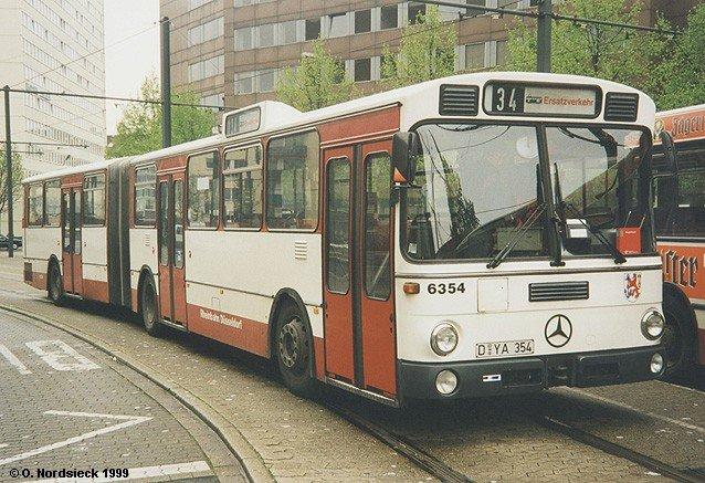 mercedes o 305 g gelenkbus rheinbahn d sseldorf bis zu ihrer ausmusterung anfang 2001 waren die. Black Bedroom Furniture Sets. Home Design Ideas