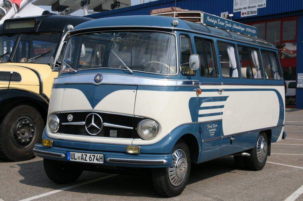 Mercedes o 319 d baujahr 1960 fuchs oldtimer bustreffen for Mercedes benz 319 bus for sale