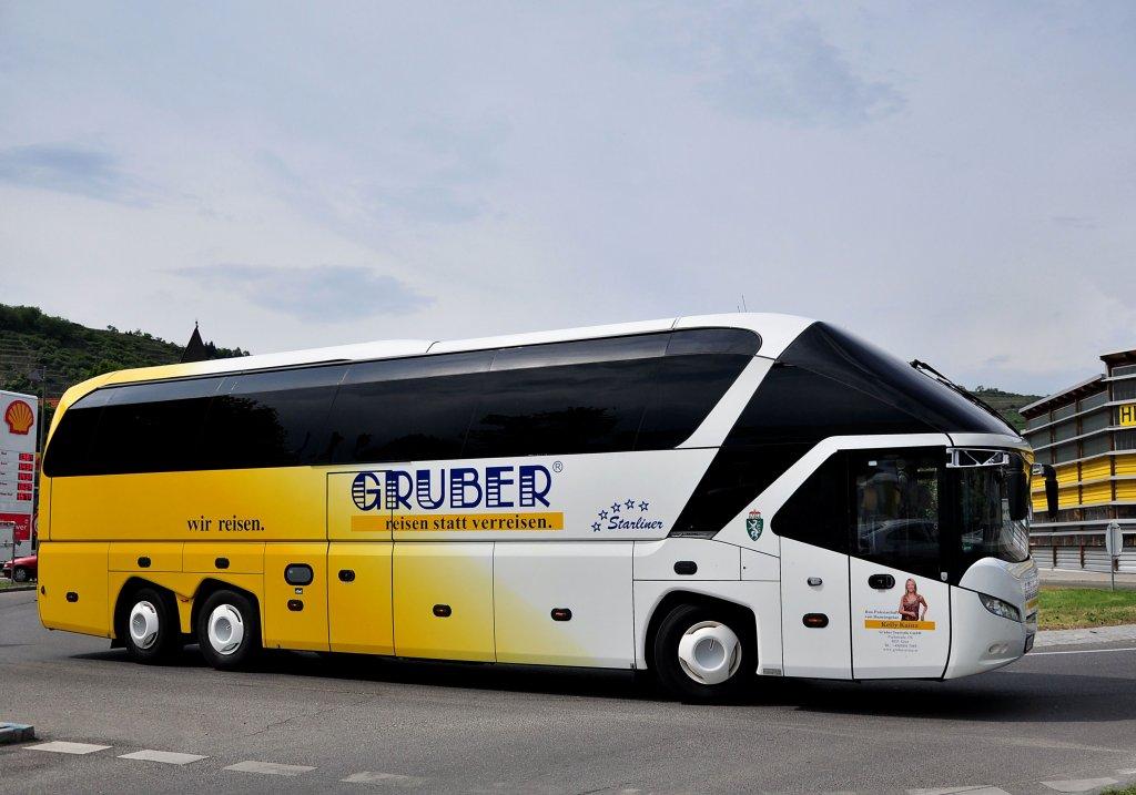 bus touristik gruber bilder news infos aus dem web. Black Bedroom Furniture Sets. Home Design Ideas