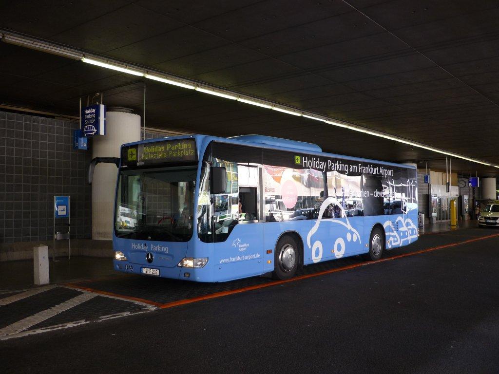 noch ein parkplatz bus nur etwas kleiner am flughafen frankfurt bus. Black Bedroom Furniture Sets. Home Design Ideas
