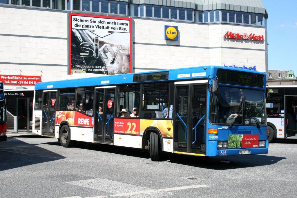 pvg 9956 pi vg 188 mit werbung f r rewe hamburg altona bahnhof 17 bus. Black Bedroom Furniture Sets. Home Design Ideas