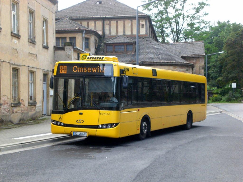 solaris urbino auf der linie 80 nach omsewitz am bahnhof klotzsche bus. Black Bedroom Furniture Sets. Home Design Ideas