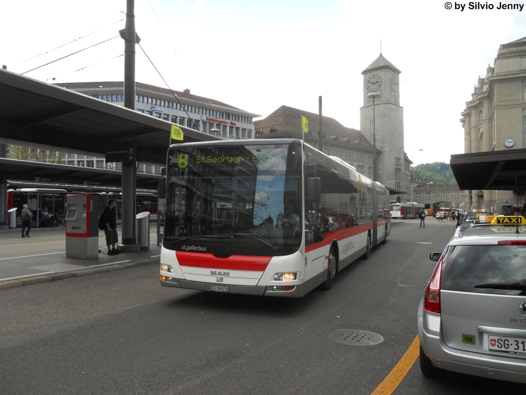 St.Gallerbus Nr. 276 (MAN A23 Lion's City GL) am 4.5.2012 beim Bhf. St.Gallen