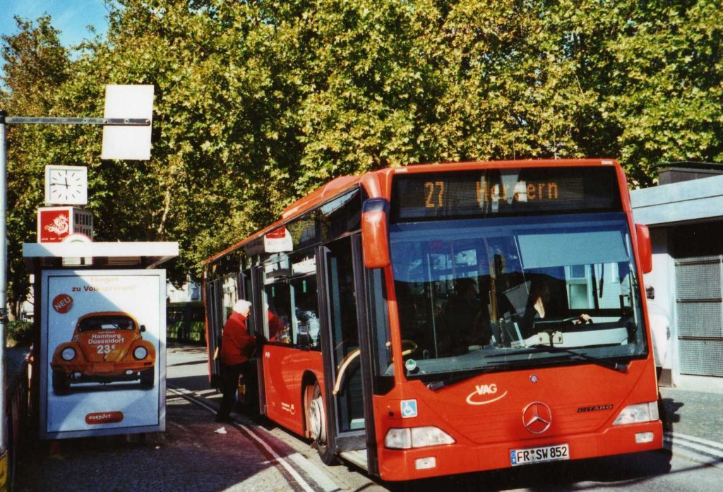 vag freiburg nr 852 fr sw 852 mercedes citaro am 20 oktober 2009 freiburg siegesdenkmal bus. Black Bedroom Furniture Sets. Home Design Ideas