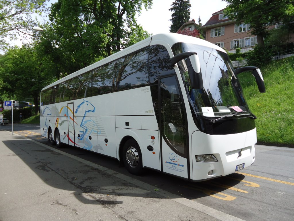 Volvo genesis de la maison international tours roma for A la maison international
