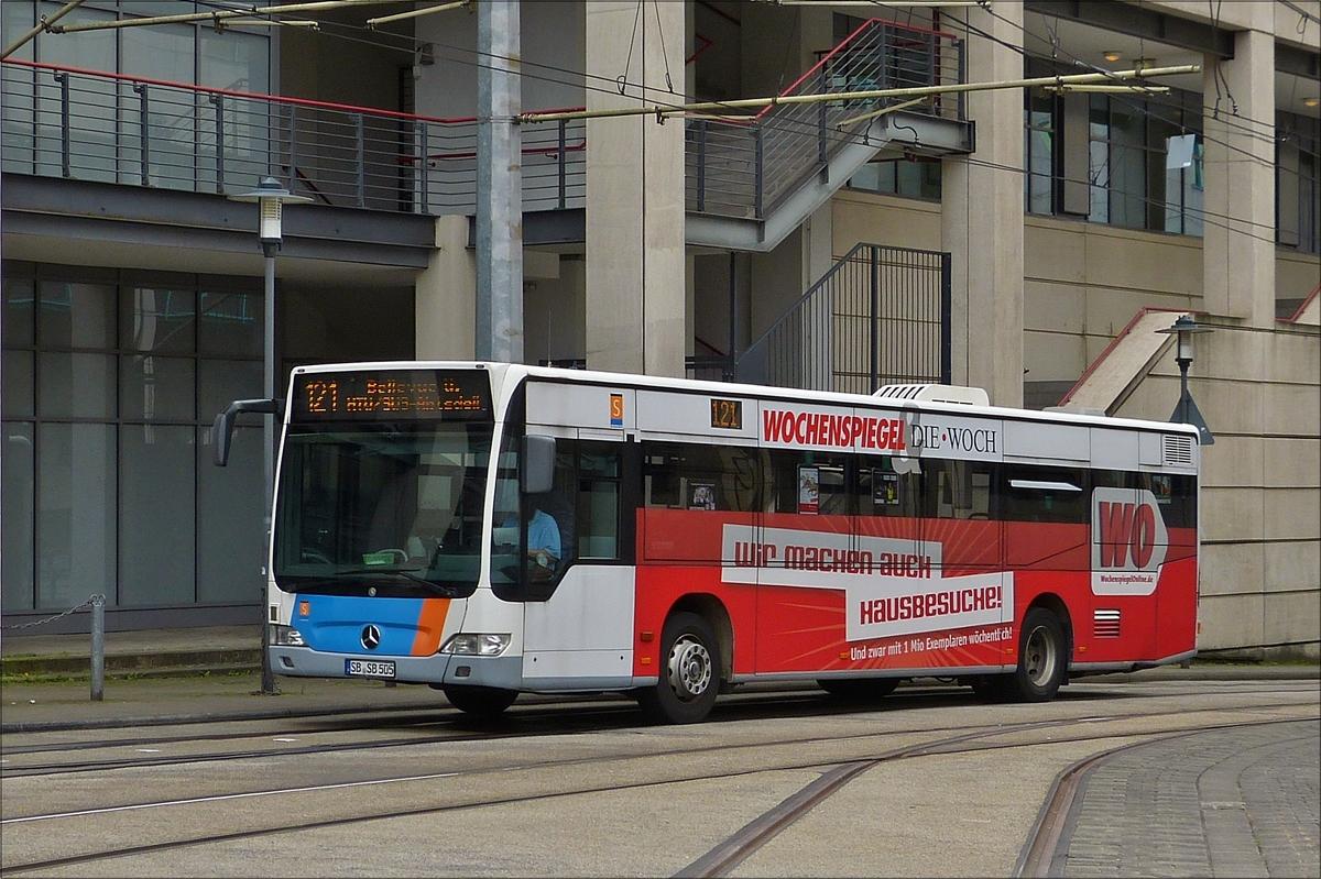 mercedes benz citaro kommt am busbahnhof in saarbr cken an bus. Black Bedroom Furniture Sets. Home Design Ideas