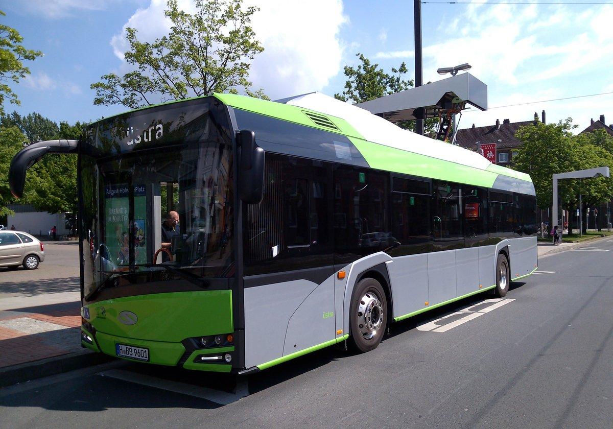 elektrobus in hannover 3 busse dieser art sind fest im testbetrieb unterwechs aufgenommen am. Black Bedroom Furniture Sets. Home Design Ideas