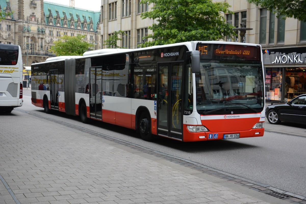Hamburger hochbahn ag hha fotos 13 bus for Benz hamburg