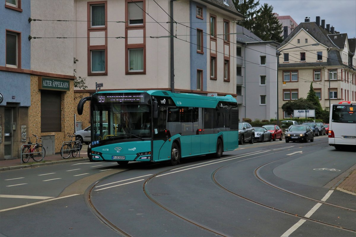 ICB Solaris Urbino 12 Wagen 209 am 05.10.19 in Frankfurt am Main