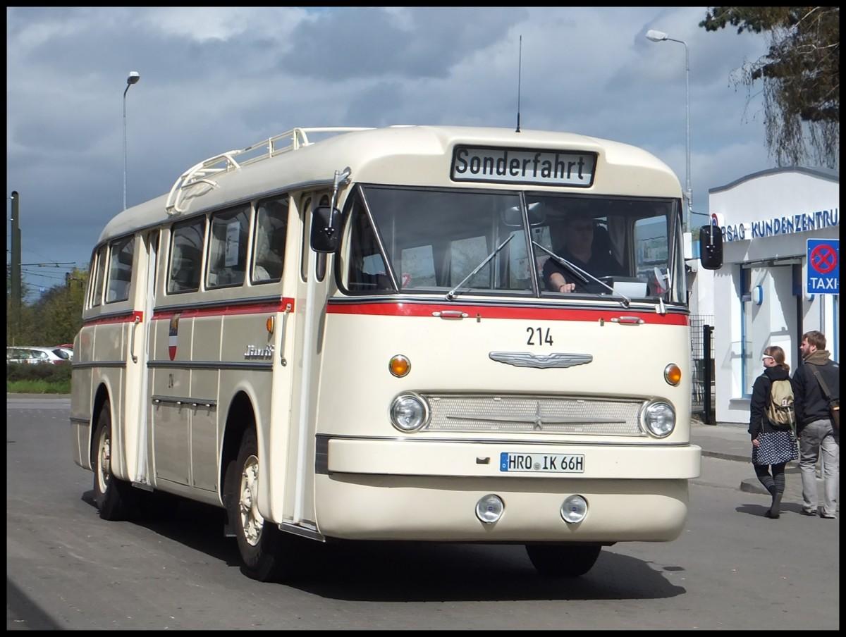 ikarus 66 der rostocker stra enbahn ag in rostock am bus. Black Bedroom Furniture Sets. Home Design Ideas