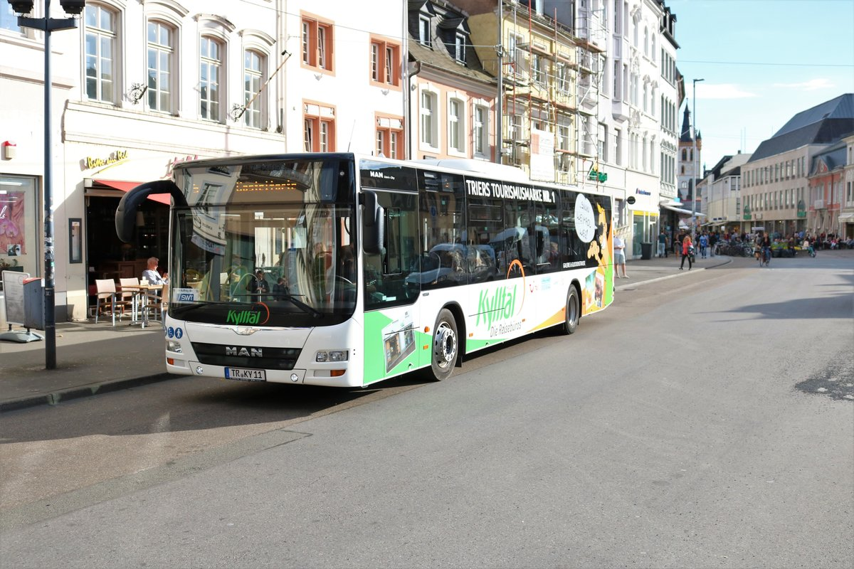Kylltal Reisen MAN Lons City am 27.04.18 in Trier Porta Nigra