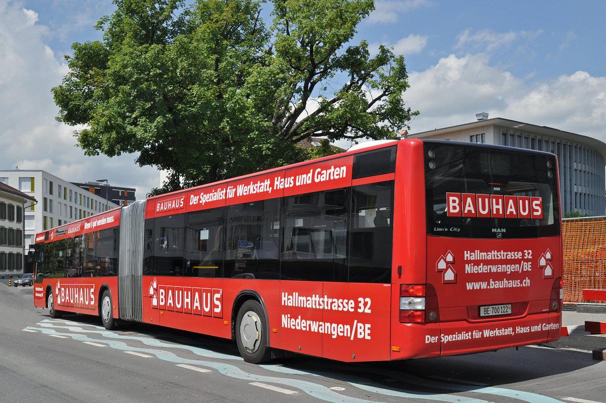 man lions city mit einer werbung f r den bauhaus center f hrt richtung bahnhof thun die bus. Black Bedroom Furniture Sets. Home Design Ideas