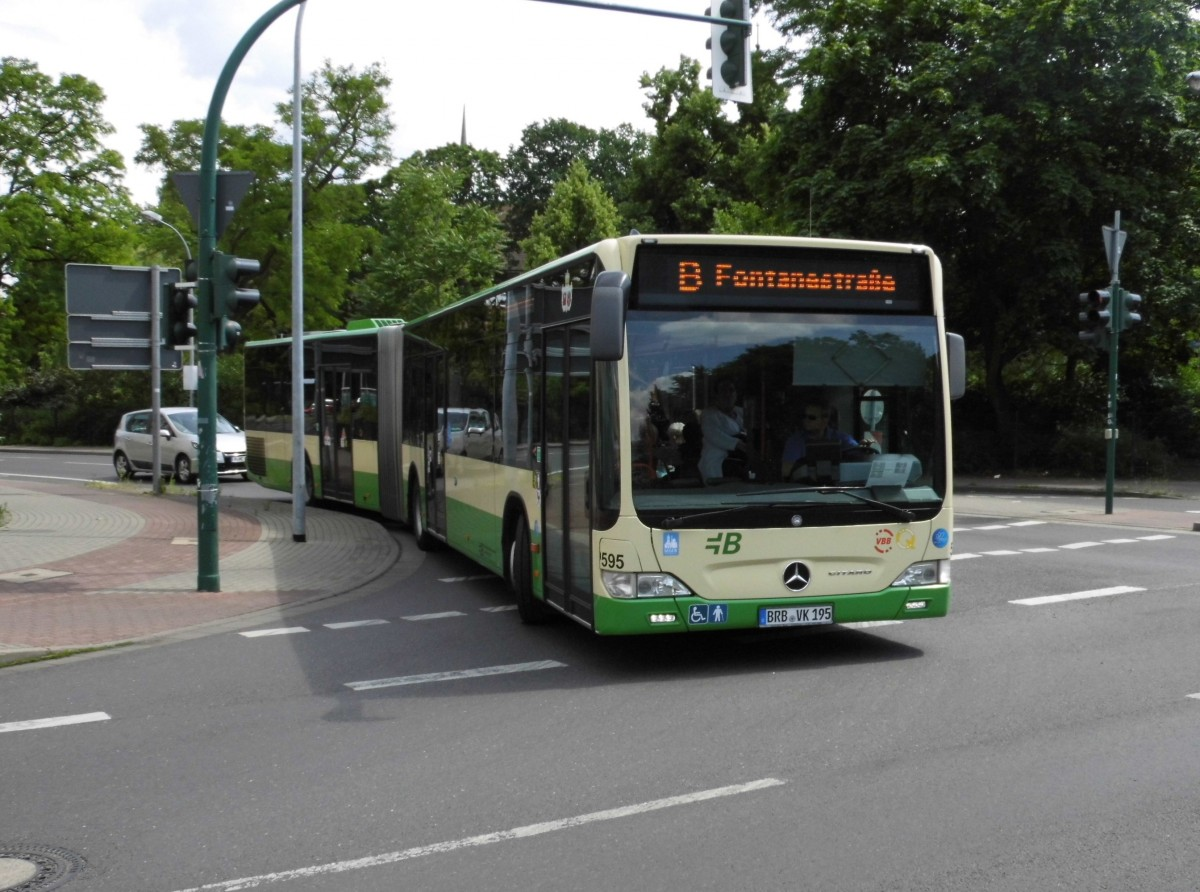 MB Citaro II G VBBr Wg.595 auf Linie B, Brielower Str. am 25.06.15