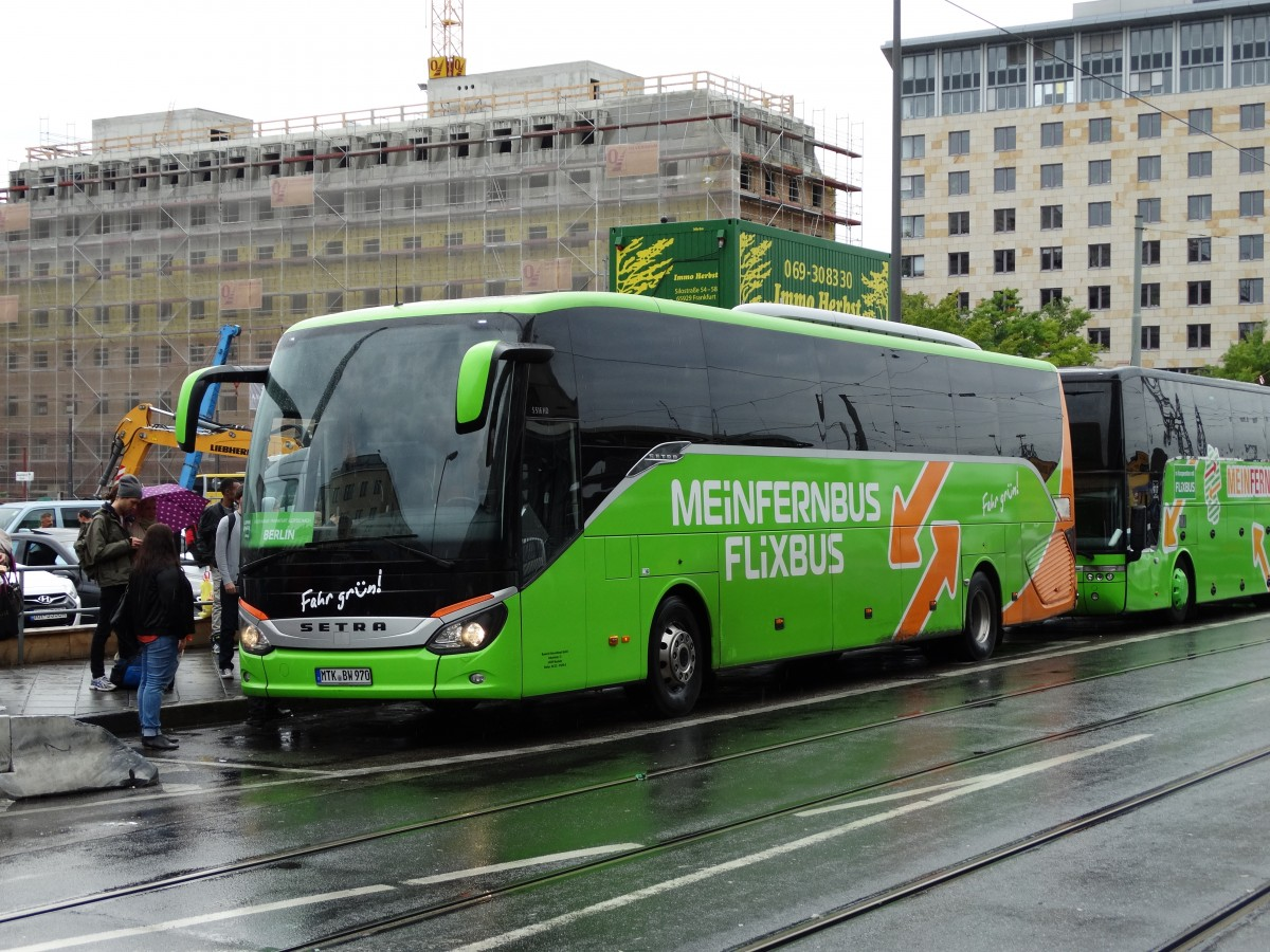 meinfernbus flixbus setra am in frankfurt am main. Black Bedroom Furniture Sets. Home Design Ideas