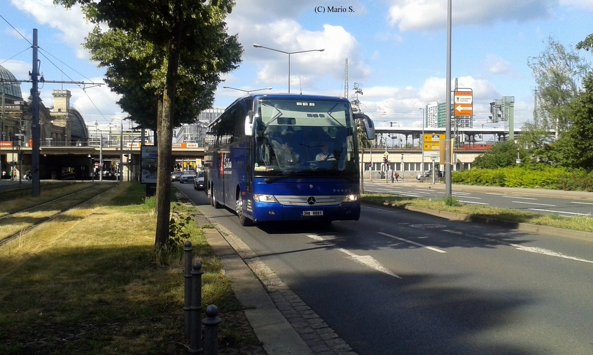 Mercedes-Benz O580-17RHD am 17.06.2017 in Dresden