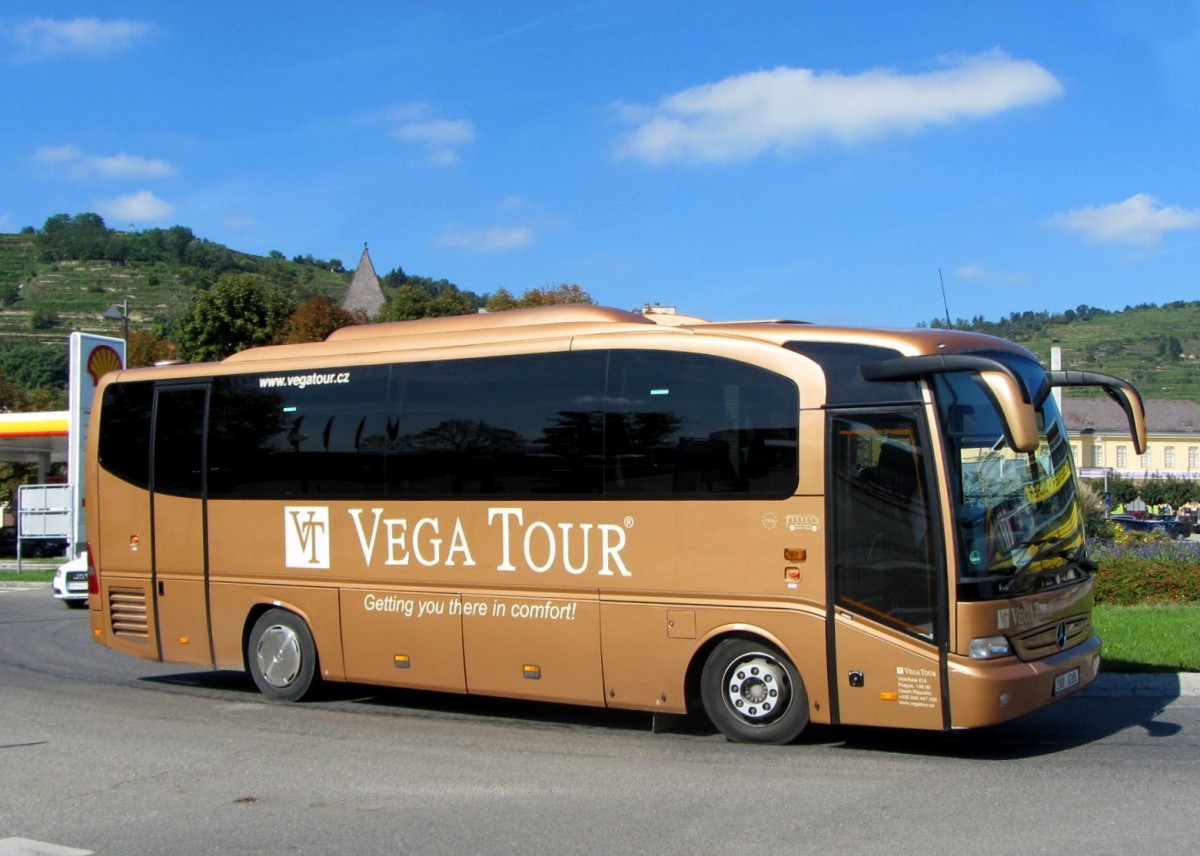 Mercedes benz tourino von vega tour aus der cz am 24 9 for Mercedes benz tour bus