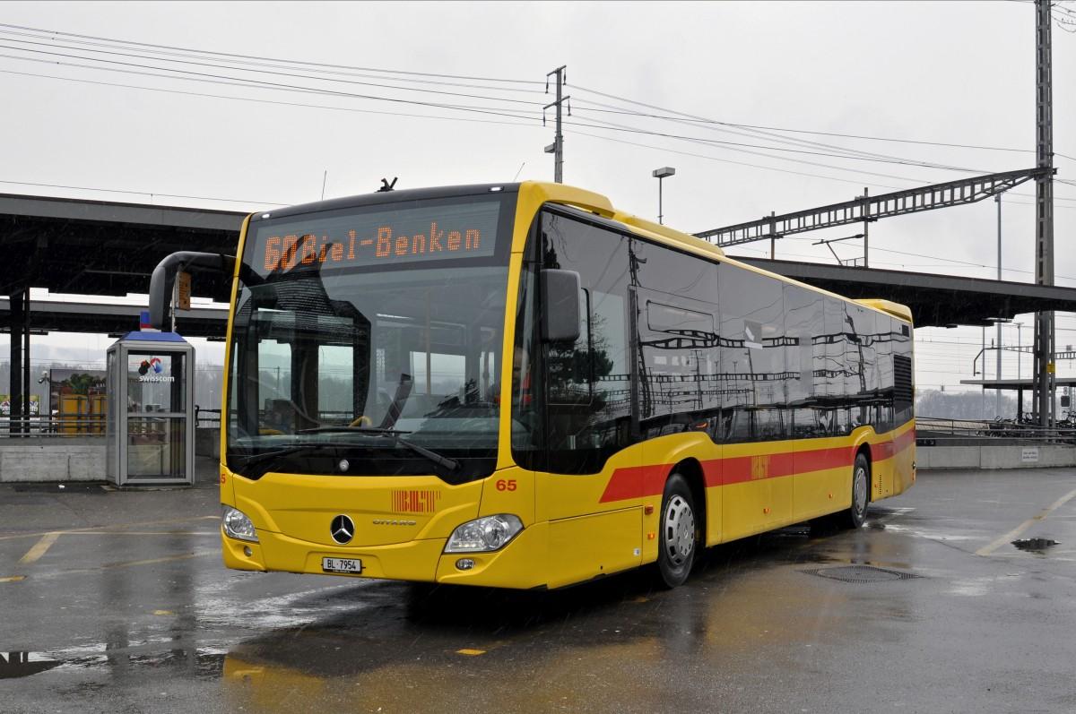 Mercedes Citaro 65 auf der Linie 60 am Bahnhof Muttenz ...