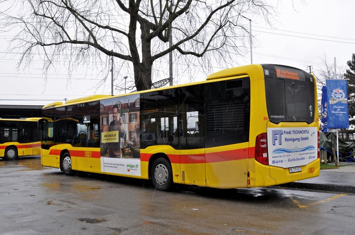 Mercedes Citaro 69 auf der Linie 47 am Bahnhof Muttenz ...