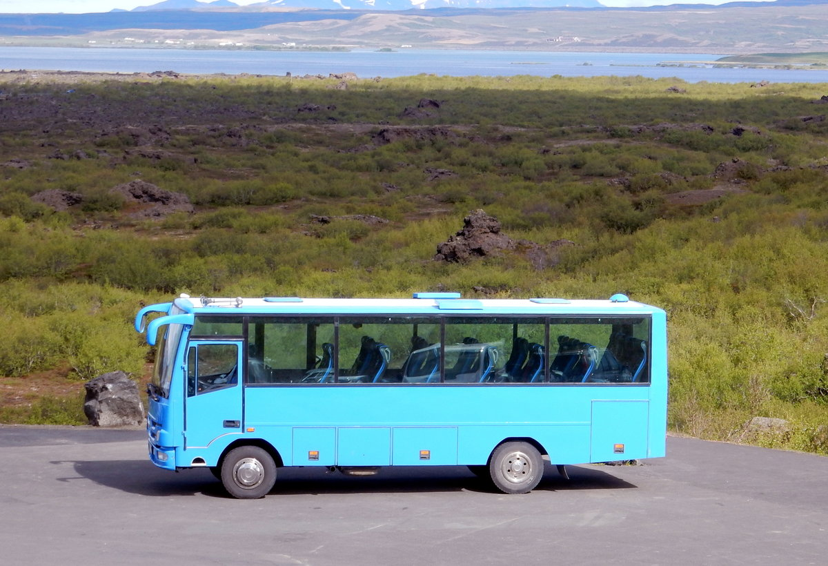 Mercedes Expeditionsbus am 15.06.19 in Island