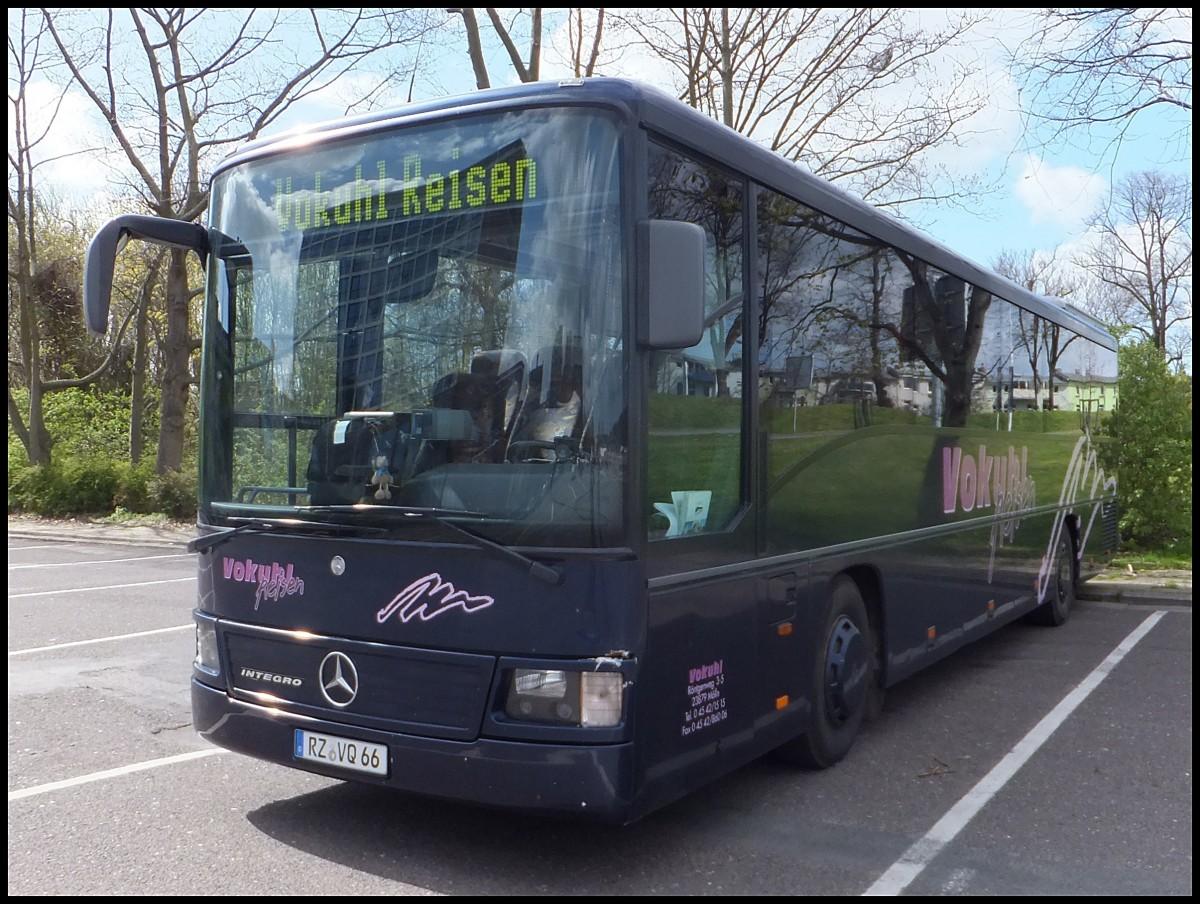 mercedes integro von vokuhl reisen aus deutschland in rostock am bus. Black Bedroom Furniture Sets. Home Design Ideas