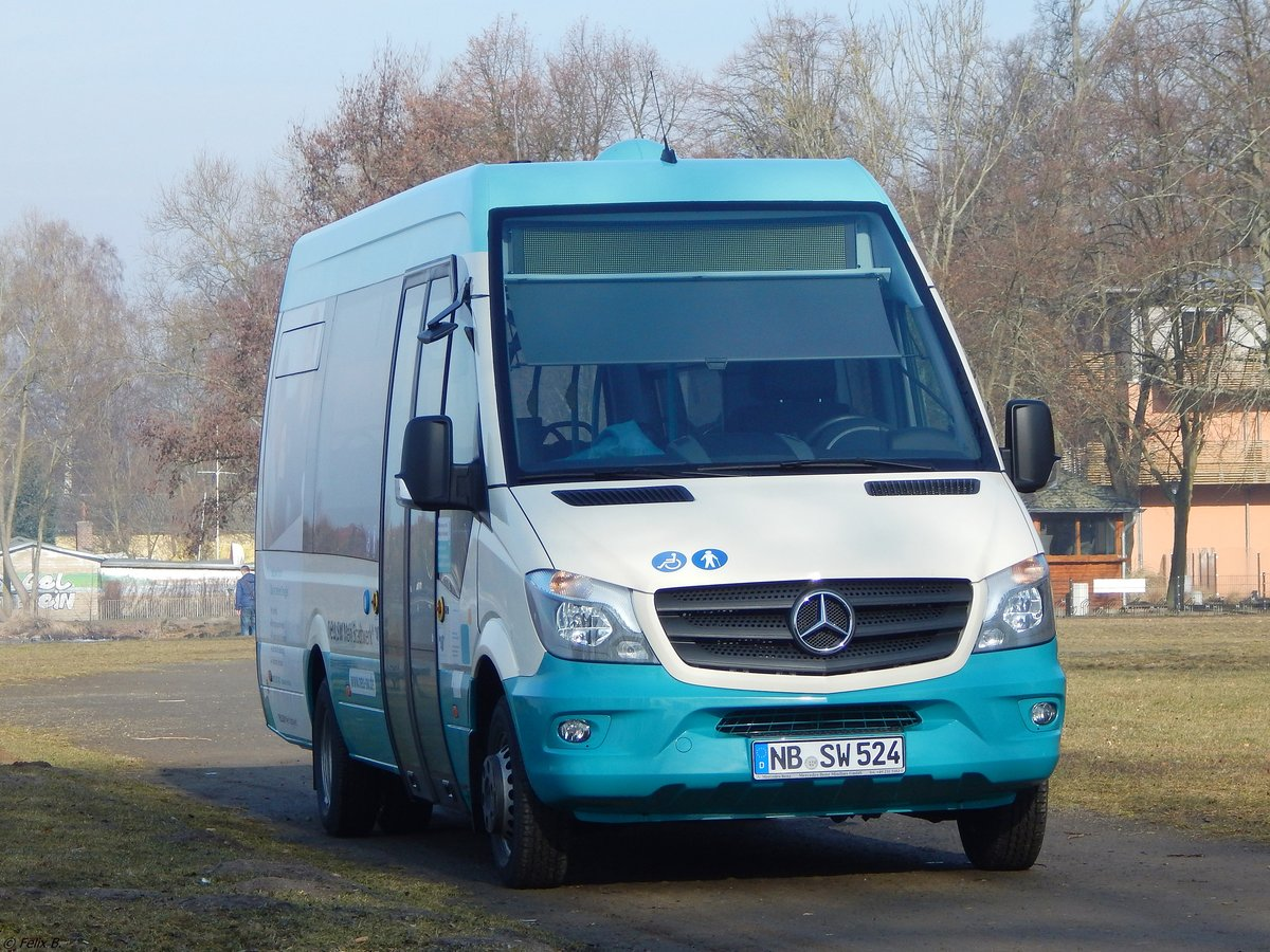 Mercedes Sprinter der Neubrandenburger Verkehrsbetriebe in Neubrandenburg am 11.03.2018