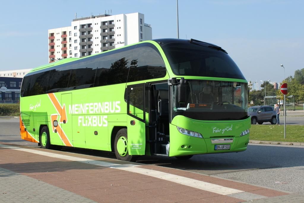 neoplan cityliner der firma meinfernbus als linie 072 von rostock hauptbahnhof s d nach k ln hbf. Black Bedroom Furniture Sets. Home Design Ideas