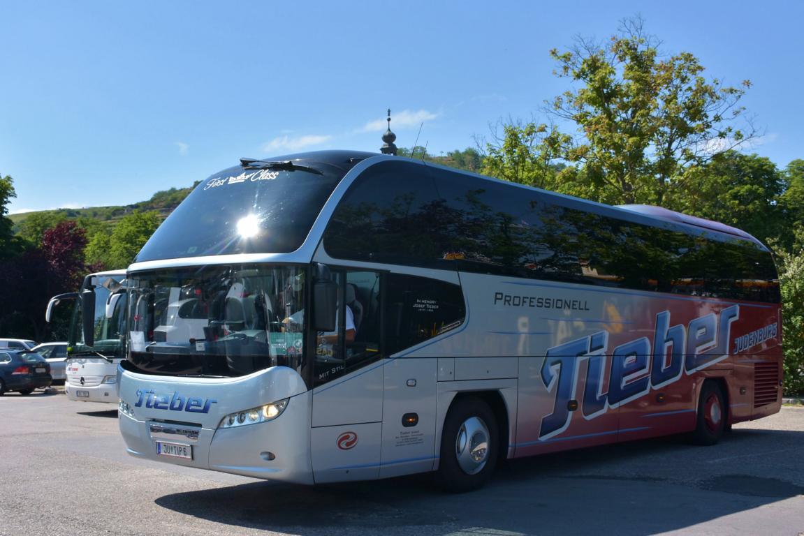 Neoplan Cityliner Von Heine Reisen Aus Der Brd Im Mai 2015 In Krems