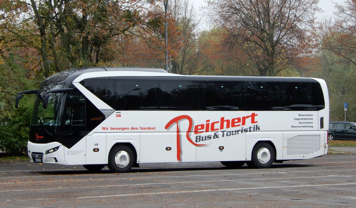 Neoplan Tourliner am 24.10.19 in Stralsund