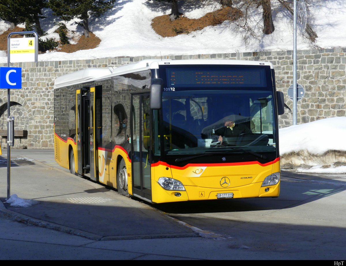 Postauto - Mercedes Citaro  GR  177315 in St. Moritz am 19.02.2021