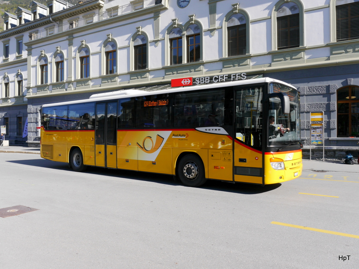 Postauto - Setra S 415 UL  VS 403663 unterwegs in Brig am 05.05.2017