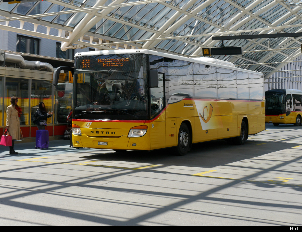 Postauto - Setra S 415 H  GR  108007 in Chur am 16.05.2019
