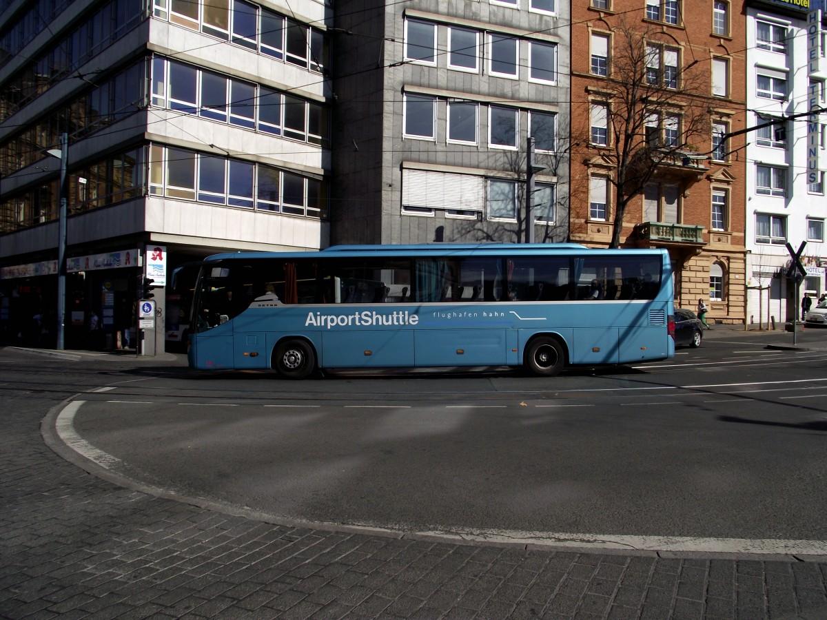 Setra Reisebus als Flughafen Hahn Airport Shuttle am 20 03