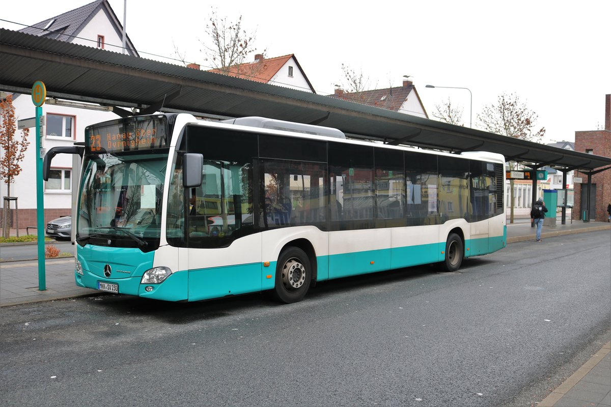 Stadtverkehr Maintal Mercedes Benz Citaro 2 Wagen 230 am 01.12.18 in Frankfurt am Main Enkheim